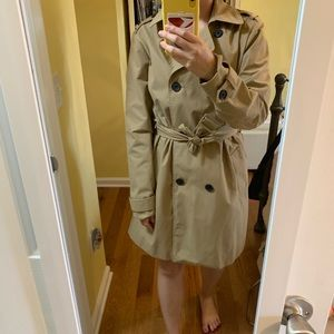 Abercrombie Water resistant trench coat